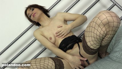 Patrycja plays with her pussy